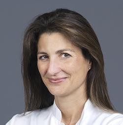 Dra. Alexandra Arango Rodríguez, Especialista en córnea, superficie ocular y cirugía refractiva