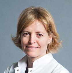 Dra. Laura Broc Iturralde, especialista en vitreo-retina del ICOF
