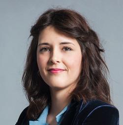 Marta Ruiz, Recepcionista del ICOF Institut de la còrnia i d'oftalmologia